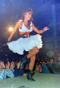 Incredible set of concert pictures! Th_01614_4207899753_785c8a80bf_o_122_124lo