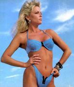 Lisa Hartman Bikini 51