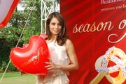 Bipasha Basu promotes Valentine Gilli Collection at Taj Lands End in Mumbai on February 7, 2010 - x5 HQ