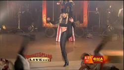 http://img134.imagevenue.com/loc423/th_867401404_BritneySpears_CircusLiveOnGoodMorningAmerica.avi_20130605_160618.781_123_423lo.jpg