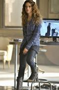 **HQ Adds** Lyndsy Fonseca ~ Nikita - The Next Seduction ~ Stills {Season 1 Ep.14}