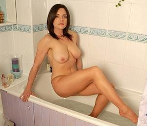 Rebekah Dee - Wet and wanton.wmv