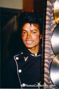 1983 Thriller Certified Platinum Th_947896140_med_gallery_8_119_1356991_122_497lo