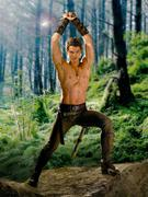http://img134.imagevenue.com/loc529/th_31260_Legend_of_the_Seeker_S1_Promo5_122_529lo.jpg